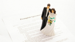 Lawyers provide advice for couples getting married